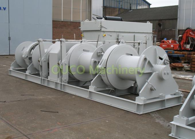 Customizable Marine Deck Winches Good Performance Reliable Operation 1