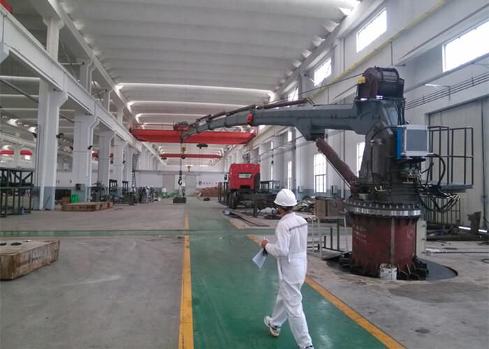 Telescopic Electric Hydraulic Marine Crane Suppliers and