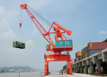 High Durability Port Harbour Crane , 40T Lattice Boom Crane Small Footprint